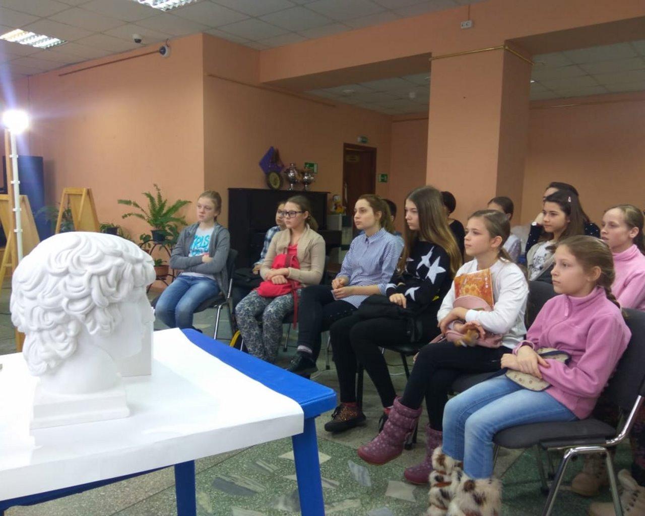 В Одигитриевском благочинии открылась художественная школа по академическому рисунку и живописи