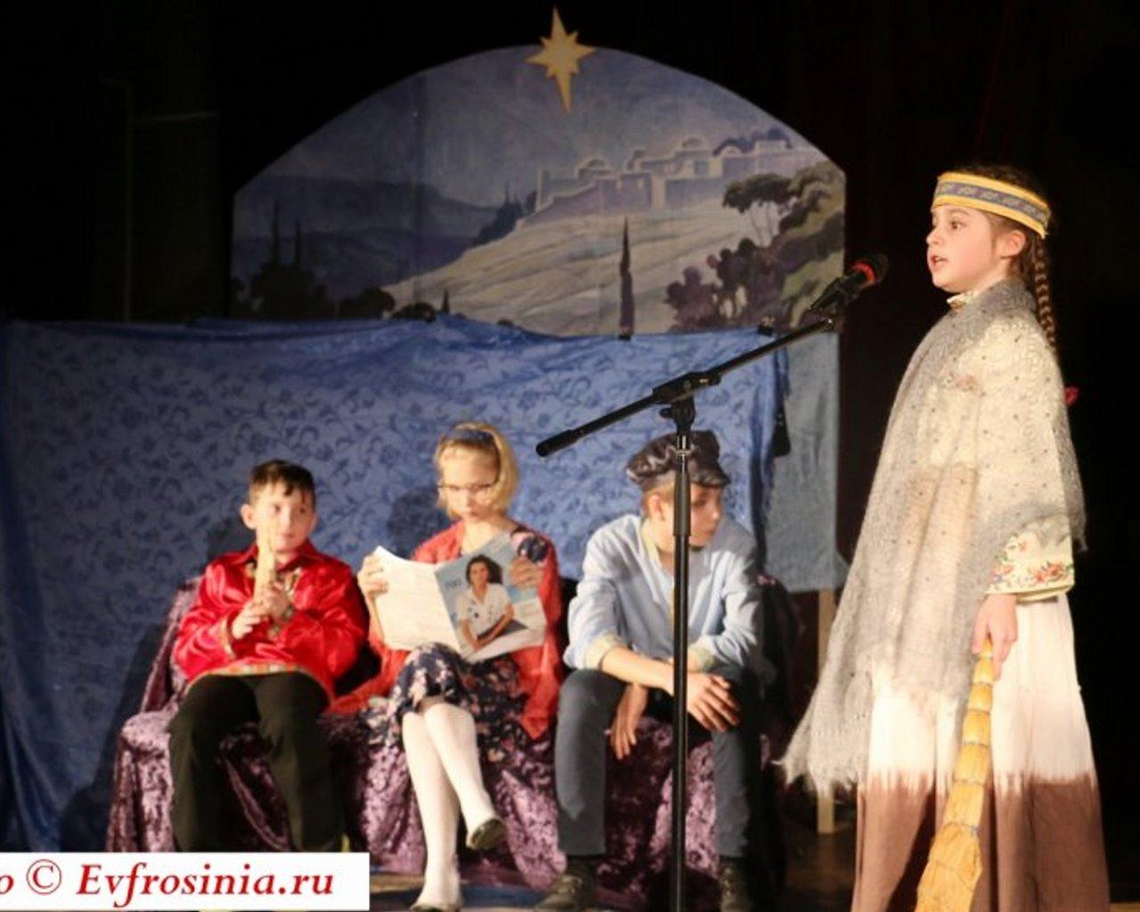 В Воскресной школе храма Преподобной Евфросинии, Великой княгини Московской, в Котловке состоялся Рождественский концерт