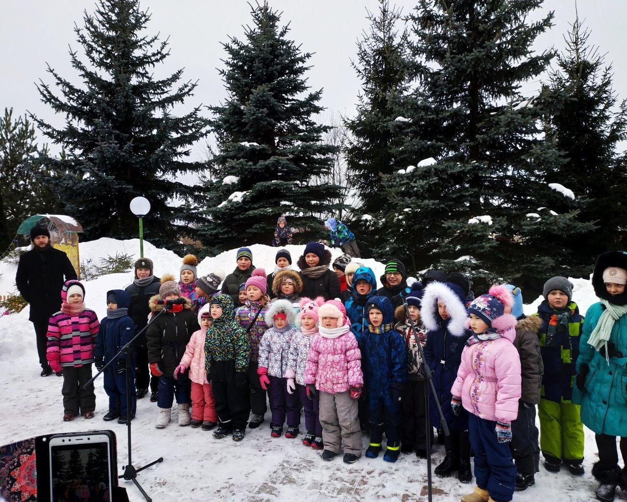 Рождественская ярмарка на территории храма свт. Николая Мирликийского в с. Никольское