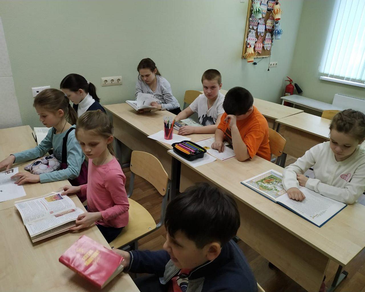 Занятия посвященные Дням Православной книги, Славянской письменности и культуры.